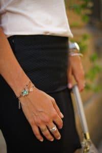 Jupe IKKS et bijoux APARANJAN PARIS