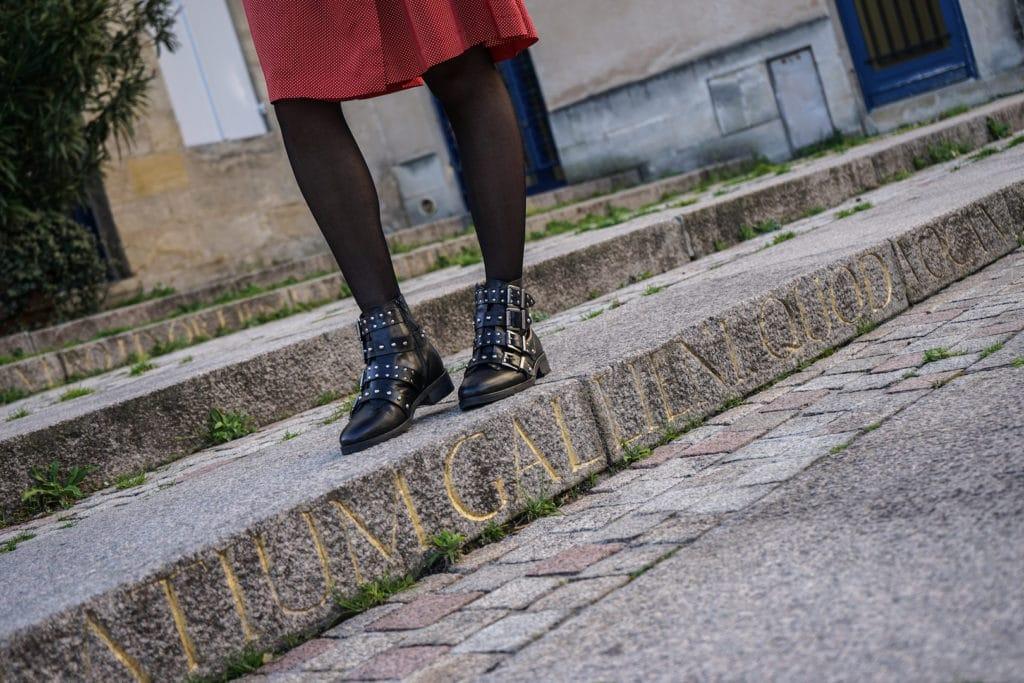 Blogueuse Mode Bordeaux - Robe portefeuille